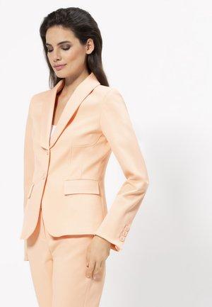 Blazer - light peach
