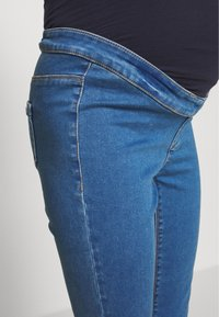 Missguided Maternity - OVER BUMP VICE SUPERSTRETCHY - Jeans Skinny Fit - blue - 4