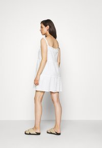 Missguided Maternity - CAMI MINI DRESS - Denní šaty - white - 2