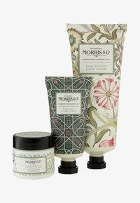 Morris & Co - JASMIN & GREEN TEA HAND CARE TREATS - Bath and body set - - - 0