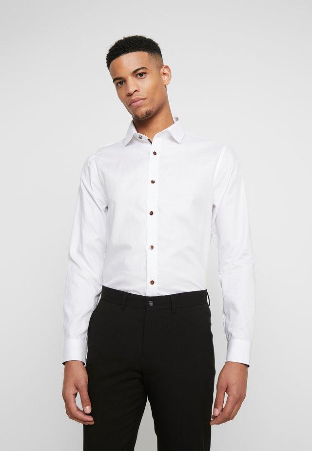 TROSTOL - Zakelijk overhemd - white