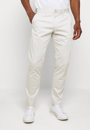 MAPRISTU - Chinos - off-white