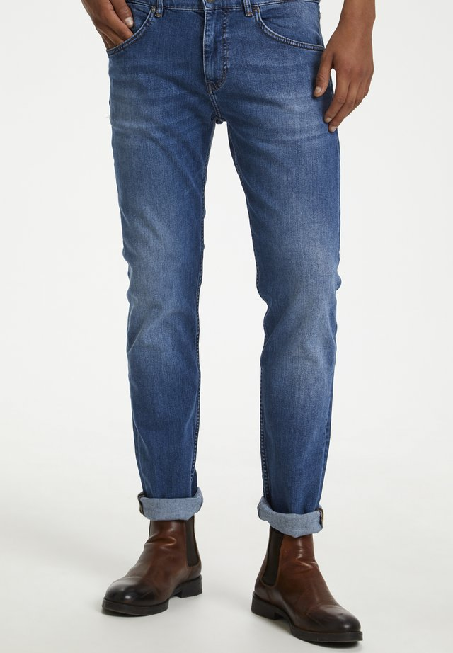 MATINIQUE PRISTON  - Jeans Slim Fit - light blue denim