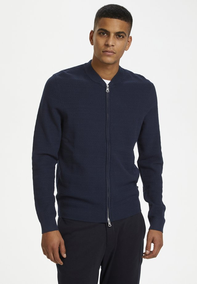 MACARDOB - Sweatjacke - dark navy