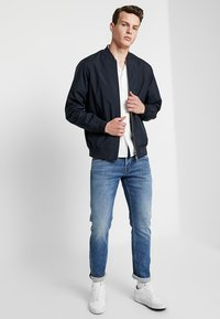 Matinique - CLAY - Giubbotto Bomber - dark navy - 1