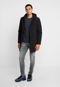 Matinique - DESTON - Parkas - black - 1