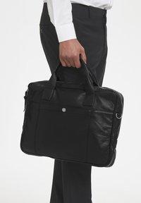 Matinique - COMMUTERMA - Briefcase - black - 1