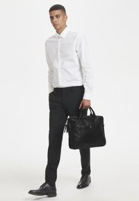 Matinique - COMMUTERMA - Briefcase - black - 0