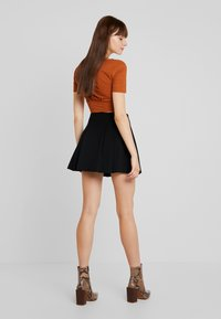 Molly Bracken - YOUNG LADIES SKIRT - Wrap skirt - black - 2