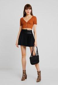 Molly Bracken - YOUNG LADIES SKIRT - Wrap skirt - black - 1