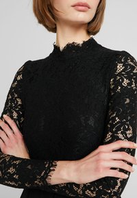 Molly Bracken - LONG SLEEVES - Sukienka koktajlowa - black - 4