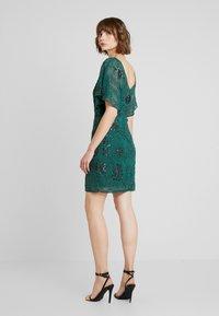 Molly Bracken - Vestido de cóctel - fir green - 3