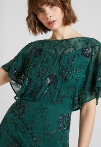 Molly Bracken - Vestido de cóctel - fir green - 4