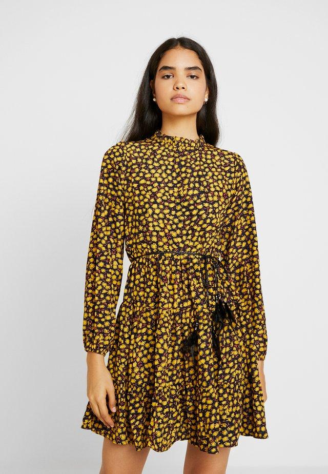 STAR LADIES DRESS - Freizeitkleid - saffron yellow