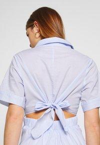 Molly Bracken - LADIES WOVEN DRESS - Sukienka koszulowa - blue - 3