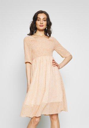 LADIES DRESS - Robe d'été - ashley powder pink
