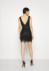Molly Bracken - STAR LADIES - Vestido de cóctel - black - 2