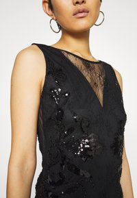 Molly Bracken - STAR LADIES - Vestido de cóctel - black - 5