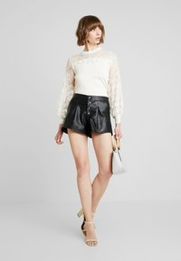 Molly Bracken - LADIES - Stickad tröja - offwhite - 1