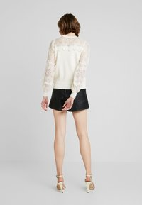 Molly Bracken - LADIES - Stickad tröja - offwhite - 2