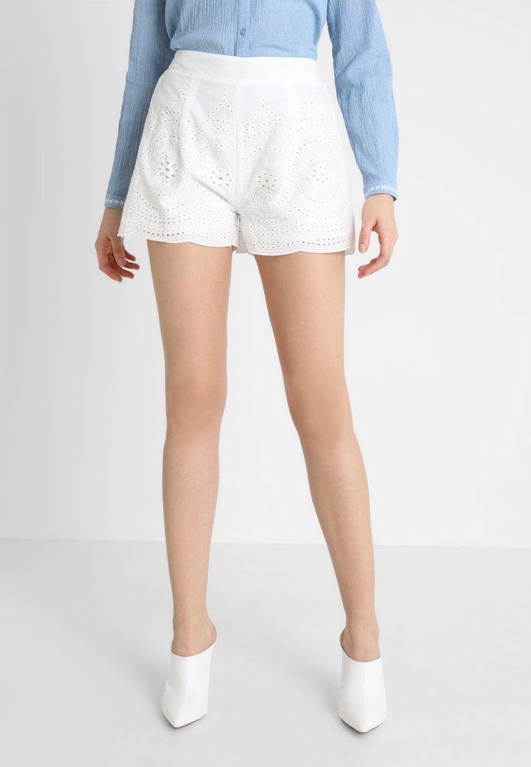 Molly Bracken - LADIES - Shorts - white