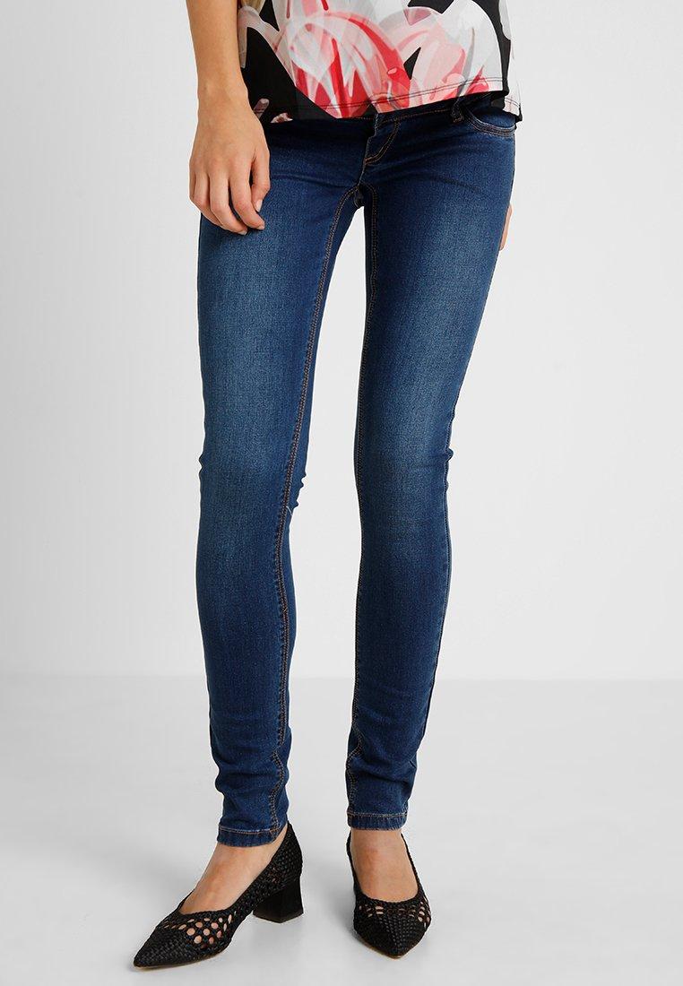 MAMALICIOUS - MLLOLA SLIM JEANS - Slim fit jeans - blue denim