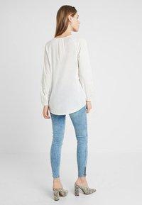 MAMALICIOUS - MLARUBA  - Jeans Skinny Fit - light blue denim - 2
