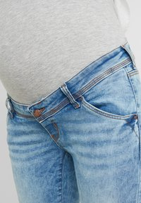 MAMALICIOUS - MLARUBA  - Jeans Skinny Fit - light blue denim - 4