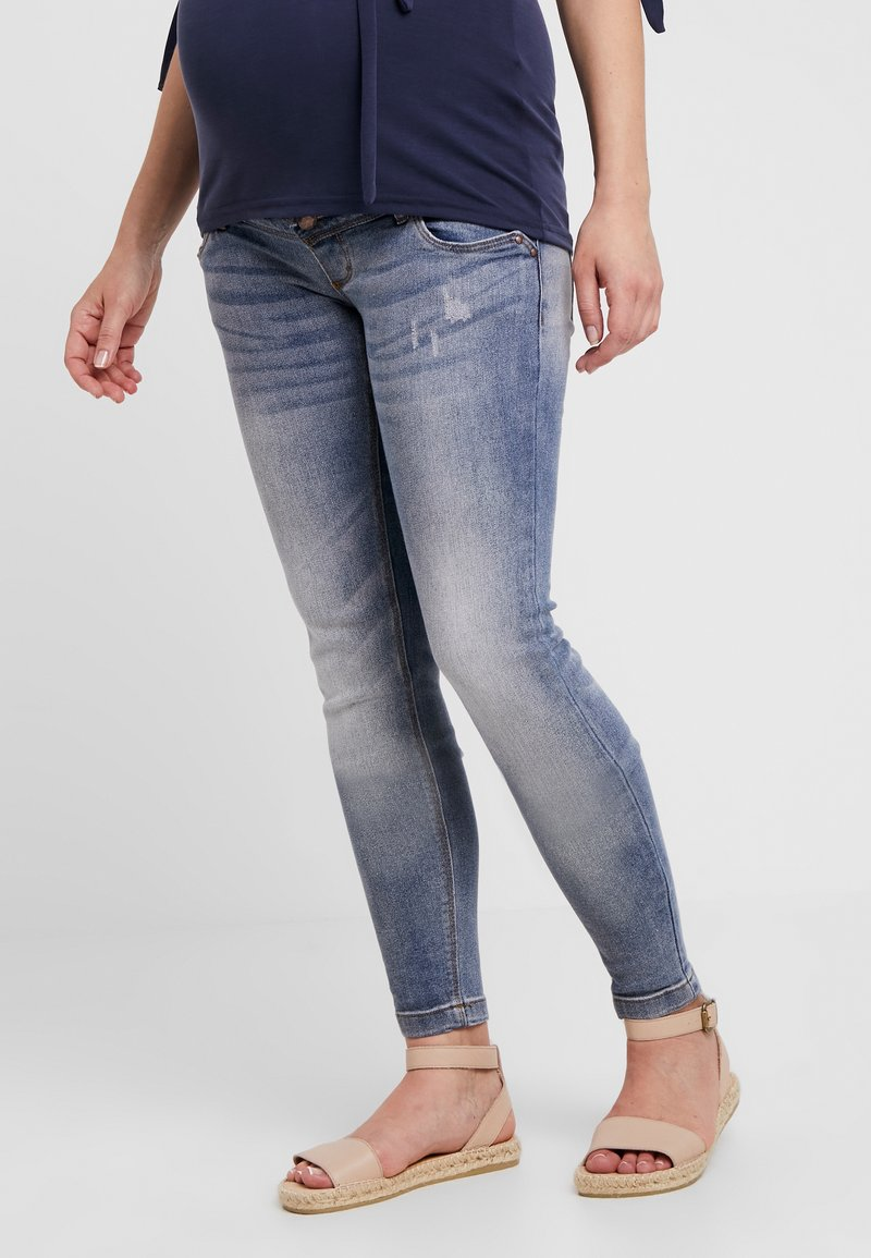 MAMALICIOUS - MLFALLY ANKLE DIRTY WASH - Slim fit jeans - medium blue denim