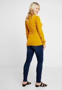 MAMALICIOUS - Jeans slim fit - dark blue denim - 2