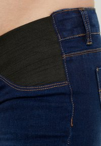 MAMALICIOUS - Jeans slim fit - dark blue denim - 3