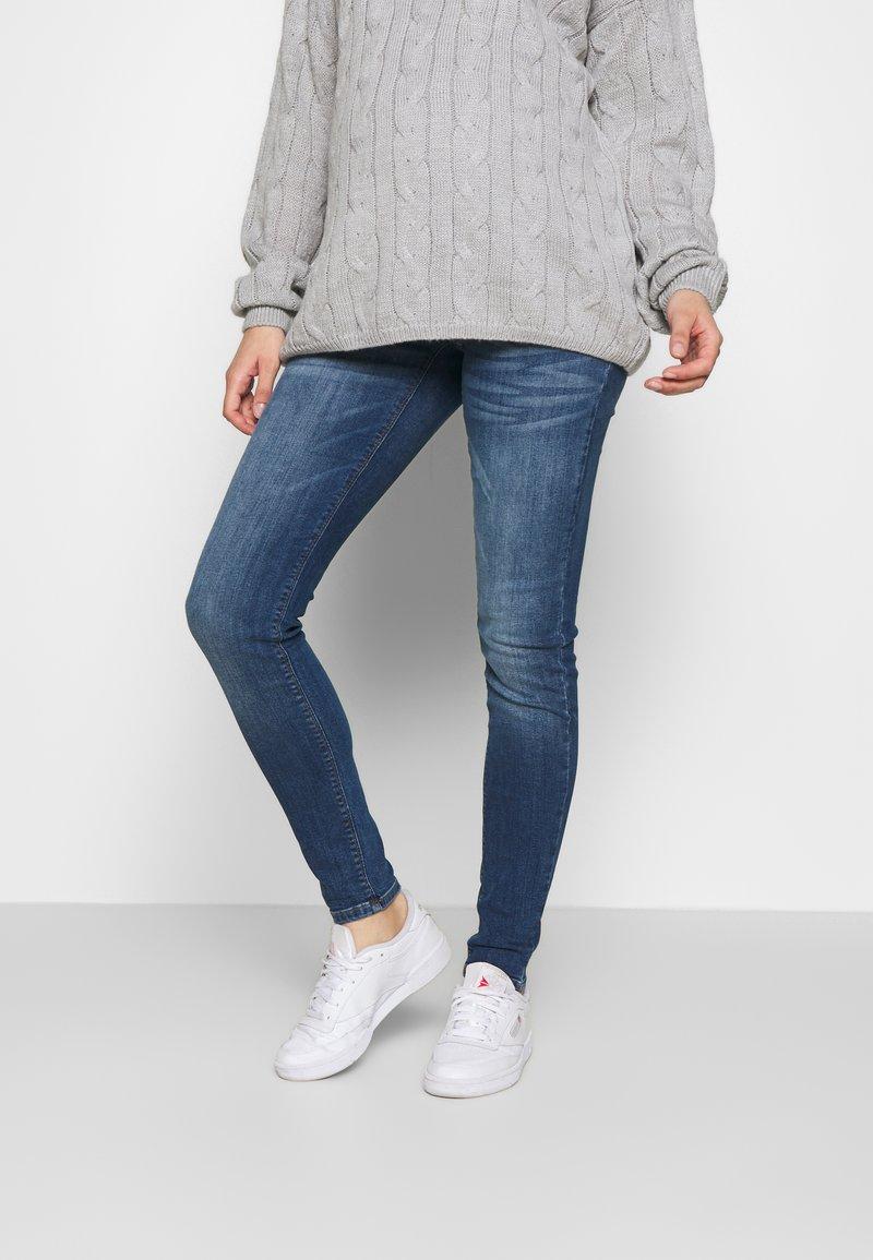 MAMALICIOUS - MLSAVANNA - Slim fit jeans - medium blue denim