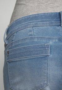 MAMALICIOUS - MLNOME 7/8 SLIM - Jeansy Skinny Fit - light blue denim - 3