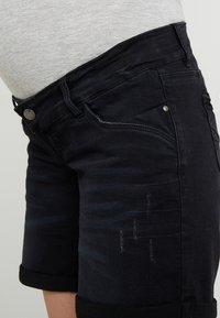 MAMALICIOUS - MLPAZ SLIM - Jeans Short / cowboy shorts - black denim - 4