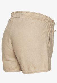 MAMALICIOUS - MLLINEN - Shorts - sand - 1