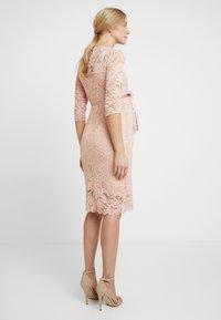 MAMALICIOUS - MLMIVANA DRESS - Vestido de cóctel - silver pink - 3