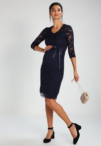MAMALICIOUS - MLMIVANA DRESS - Cocktailklänning - navy blazer - 1
