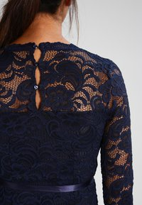 MAMALICIOUS - MLMIVANA DRESS - Cocktailklänning - navy blazer - 4