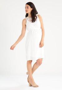 MAMALICIOUS - MLRITTA - Denní šaty - snow white - 1