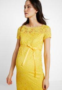 MAMALICIOUS - MLMIVANA BOATNECK DRESS - Vestido de cóctel - super lemon - 3