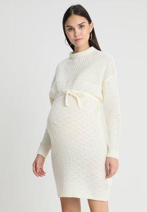 DRESS - Gebreide jurk - snow white