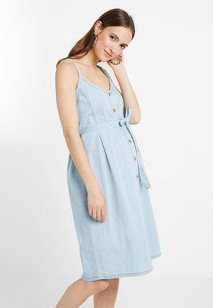 MLCAMELIA DRESS - Vestido vaquero - light blue denim