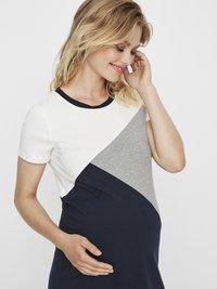 MAMALICIOUS - Jerseyklänning - light grey melange - 3