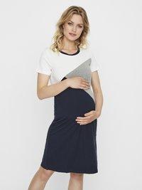 MAMALICIOUS - Jerseyklänning - light grey melange - 1