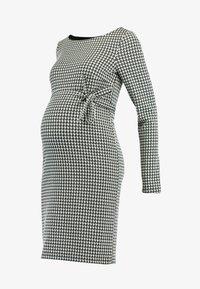 MAMALICIOUS - MLKAROLINA DRESS - Žerzejové šaty - black - 4