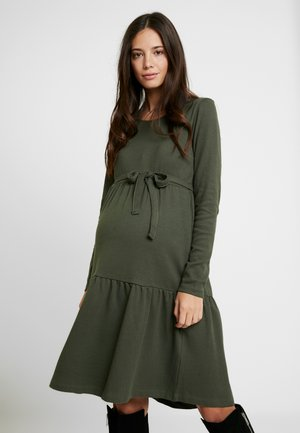 MLKAMINA DRESS - Sukienka z dżerseju - climbing ivy