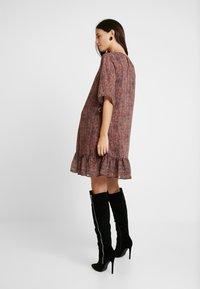 MAMALICIOUS - MLNELL WOVEN SHORT DRESS - Denní šaty - navy blazer/small dixie - 3