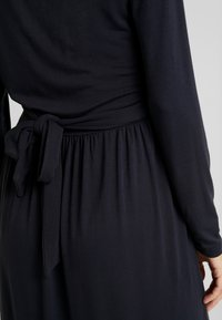 MAMALICIOUS - MLADELIA DRESS - Vestido ligero - navy - 6