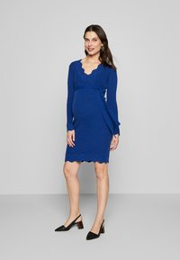 MAMALICIOUS - MLNEWEVA TESS DRESS - Vestido de tubo - mazarine blue - 1