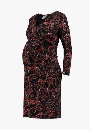 2 IN 1 - Vestito di maglina - black/coral
